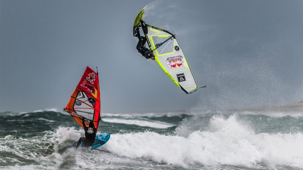 monster wave windsurf