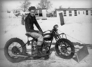 Motorcycle snowplow
