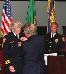 Atwood receives Everett Police chief badge