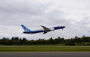 787-9 1st Flight photo