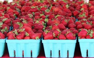 Strawberries at Everett Farmers Market