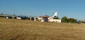 hard landing, Paine Field