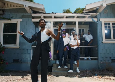 """BlocBoy JB """"HOT"""" (Official Music Video)."""