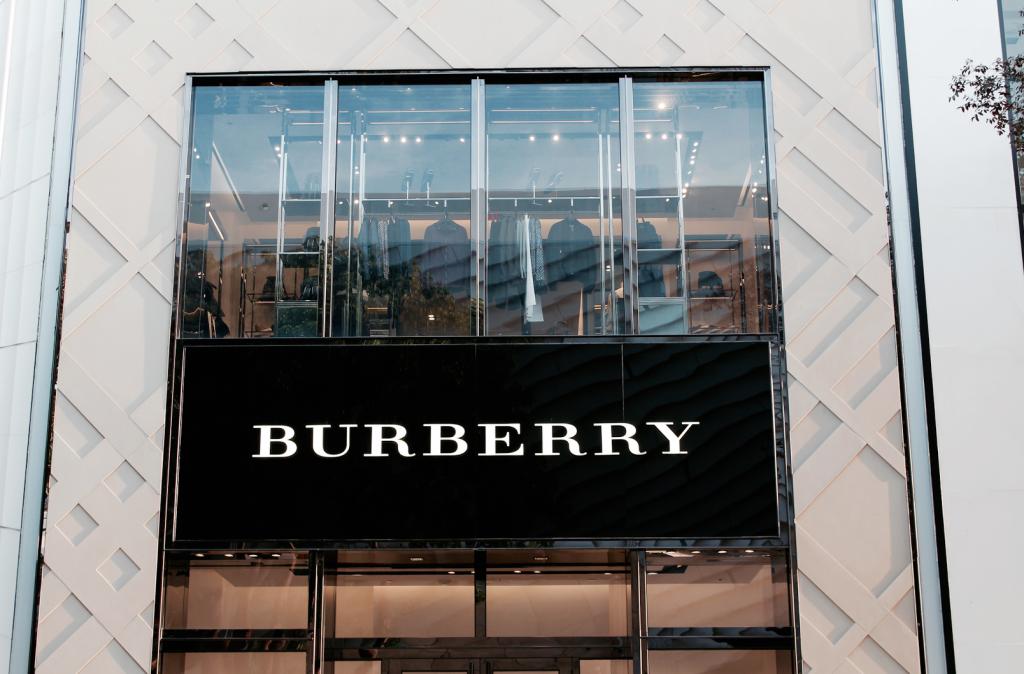 Miami Design District - Luxury Brands - burberri