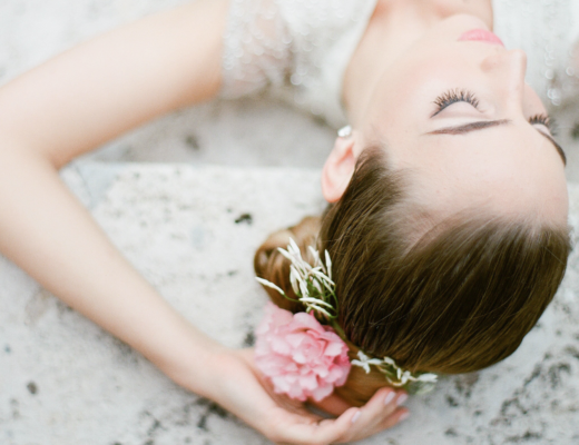 Romantic Wedding Inspiration at Miami Beach Womens Club Alisa Ferris The Creatives Loft