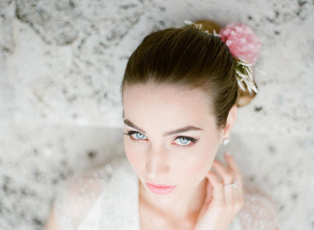 Romantic Wedding Inspiration Styled Shoot at Miami Beach Womens Club Alisa Ferris The Creatives Loft
