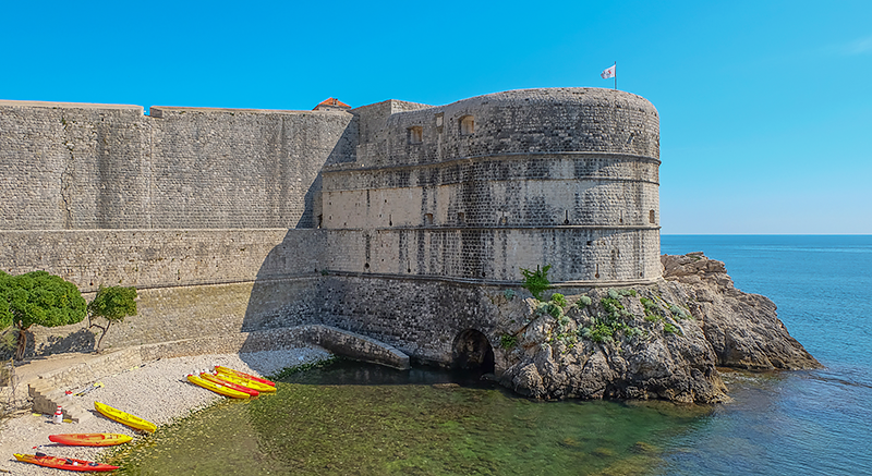 Dubrovnik in 3 Days - Travel with Mia - Kayaking