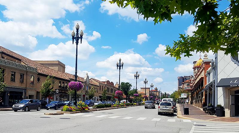 Travel with Mia - Kansas City European Charm - Plaza 3