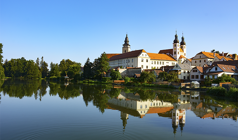 Church of St. James and Jesuit College - Telc - Travel with Mia