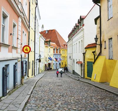 Travel with Mia - Tallinn Old Town 4