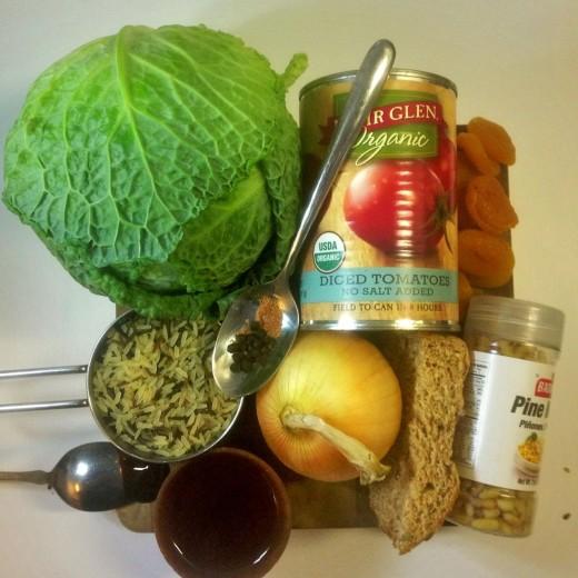 Stuffed cabbage rolls. Ingredients