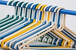 clothes-hangers-582212_150