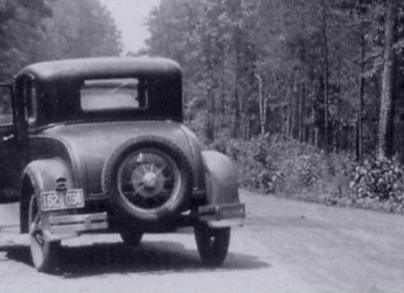 Bonnie and Clyde: Myths and and Legends