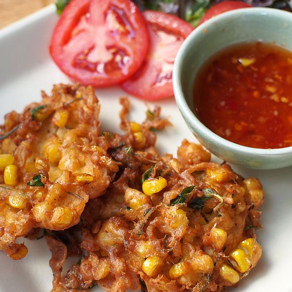 Spicy onion fritters option