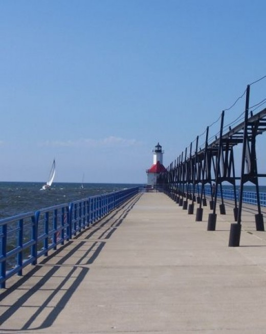 St Joseph North Pier Lighthouse