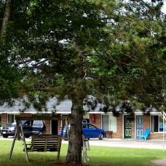 Crossroads Motel, Oxford, Wisconsin: Review