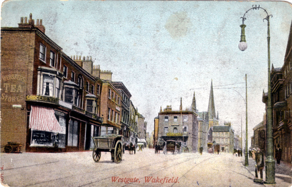 The town of Wakefield - Vintage Postcard