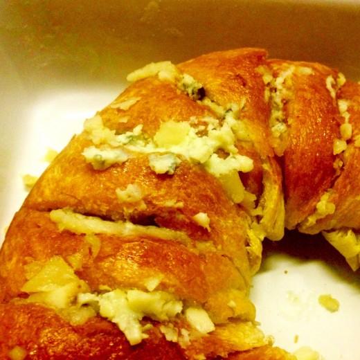 Festive cheese garlic bread