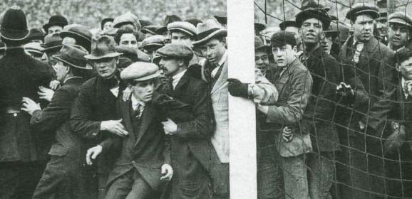 Art Matters: L.S. Lowry on Match Day