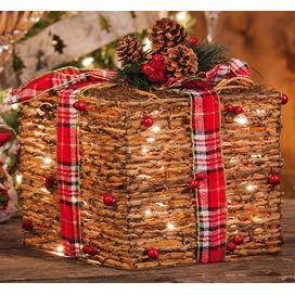 Wrapped-Rattan-Present-8TAW111