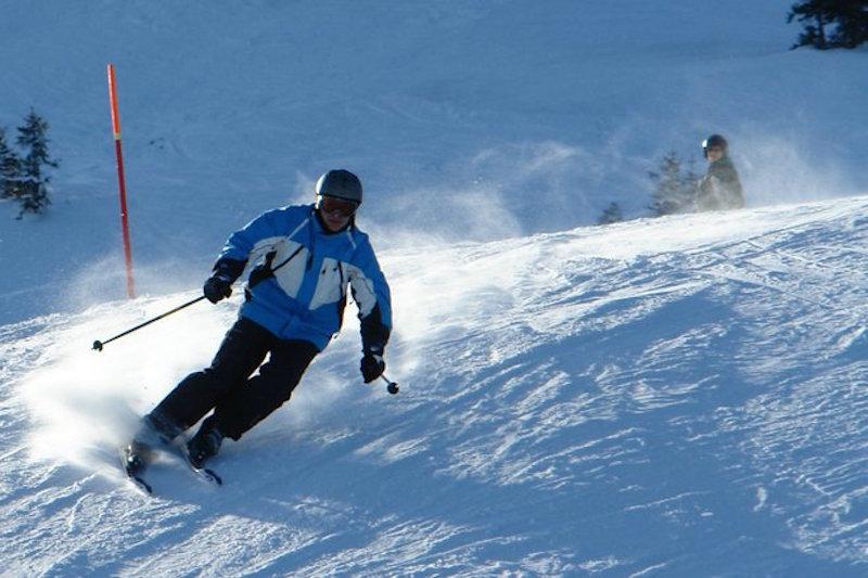 skiing-fast-1406241