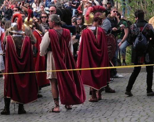 1 roman_guards[2][7][4]
