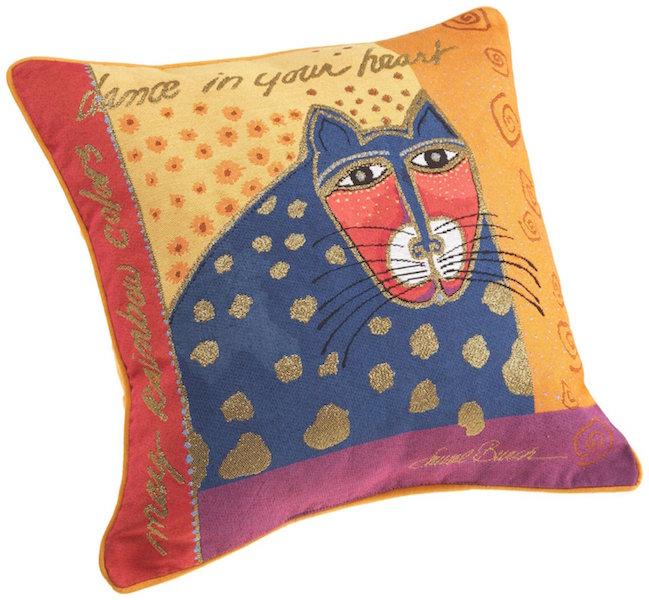 6 cat_design_pillow