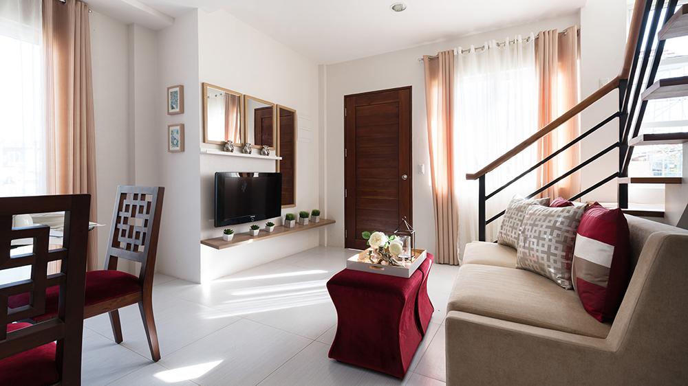 Harmonis Livingroom Entrance