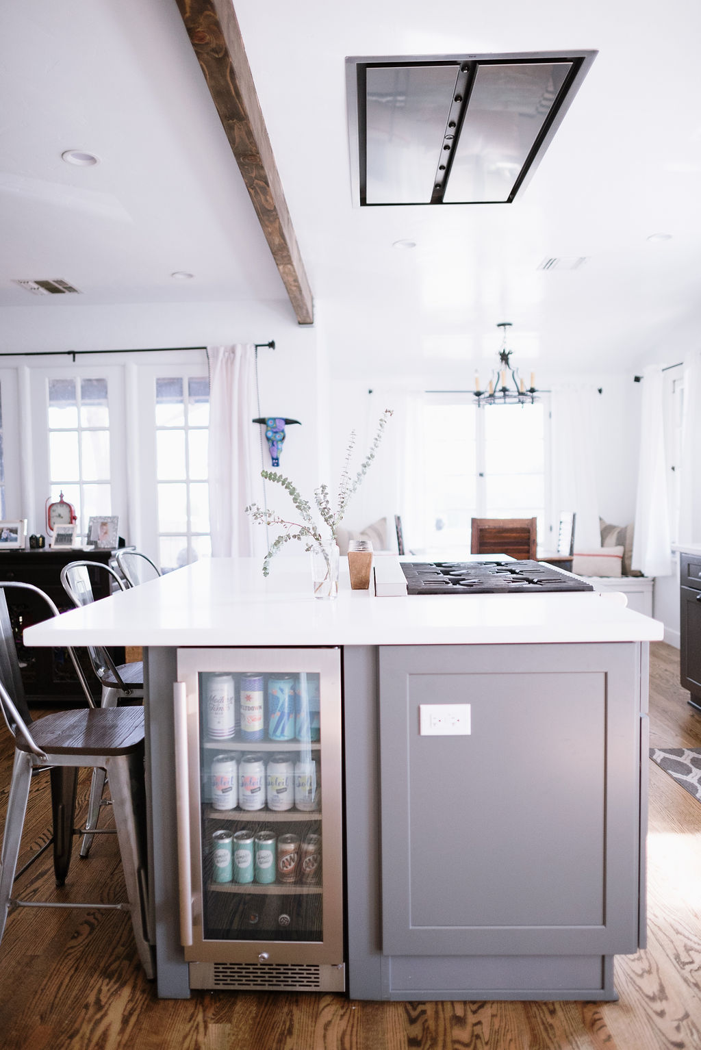 Kitchen Remodel with Grey Shaker and White Quartz Countertop in Sherman Oaks CA