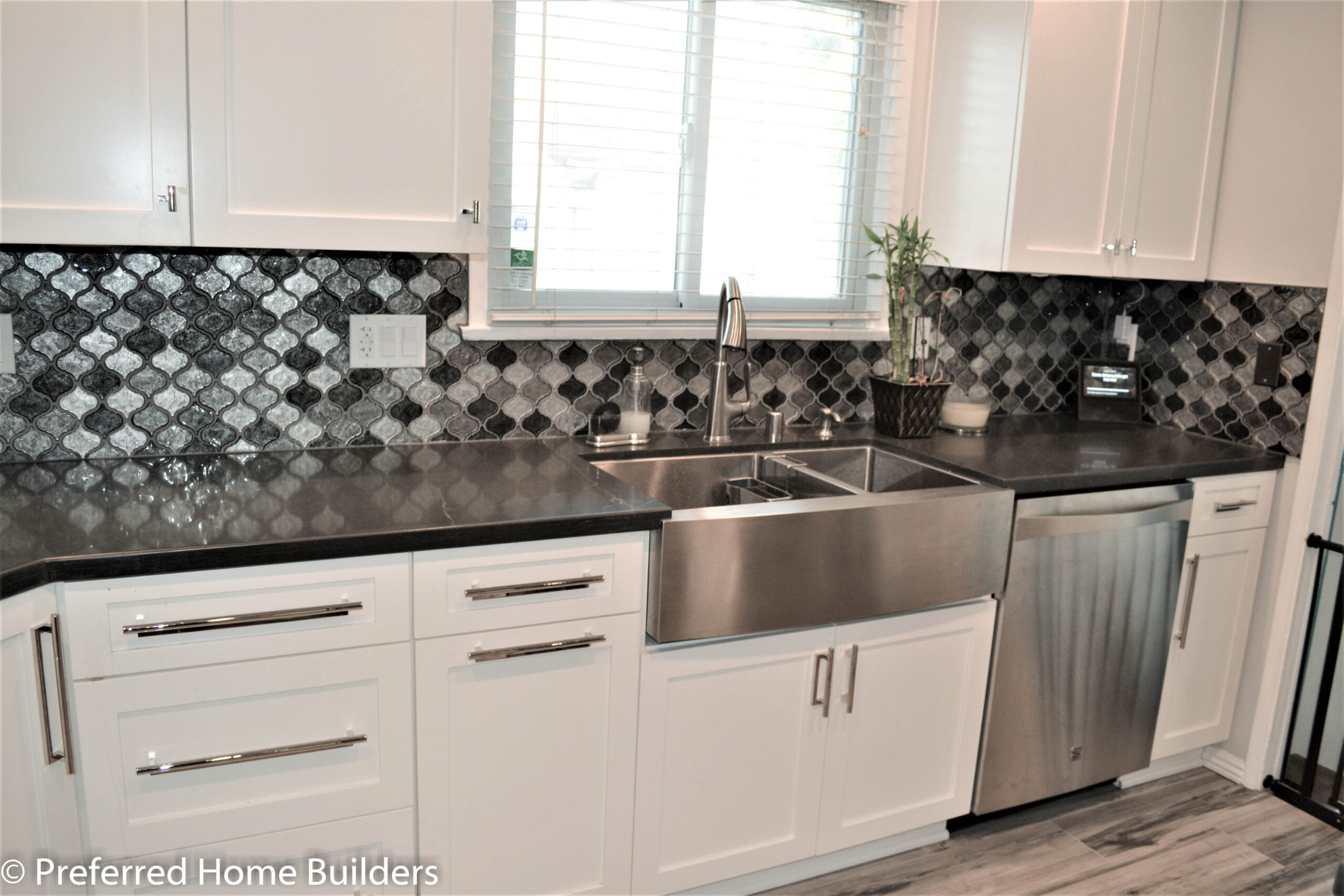 Stunning Contemporary Kitchen Remodel in Burbank CA