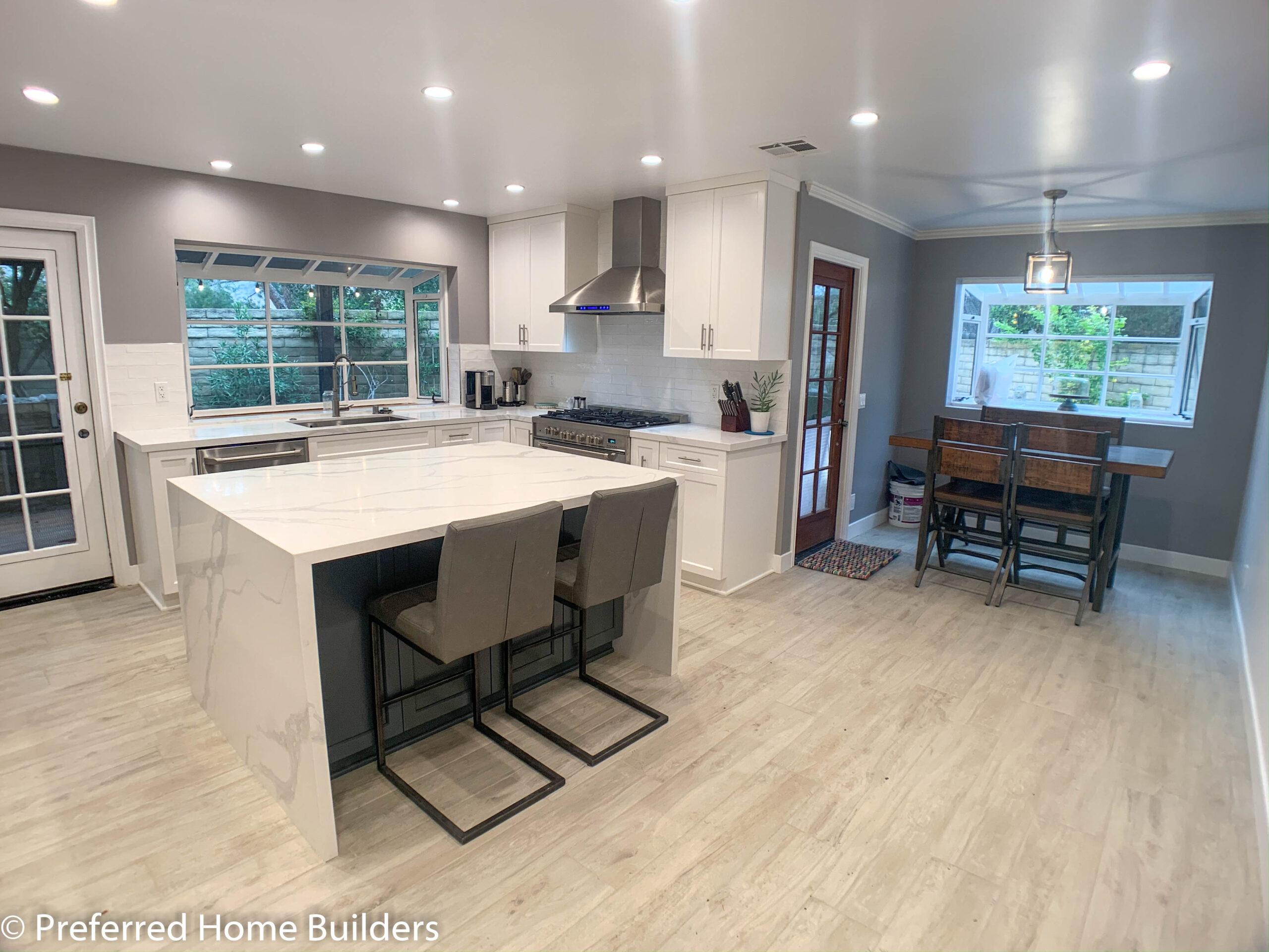 Beautiful Contemporary Kitchen in Westlake Village CA