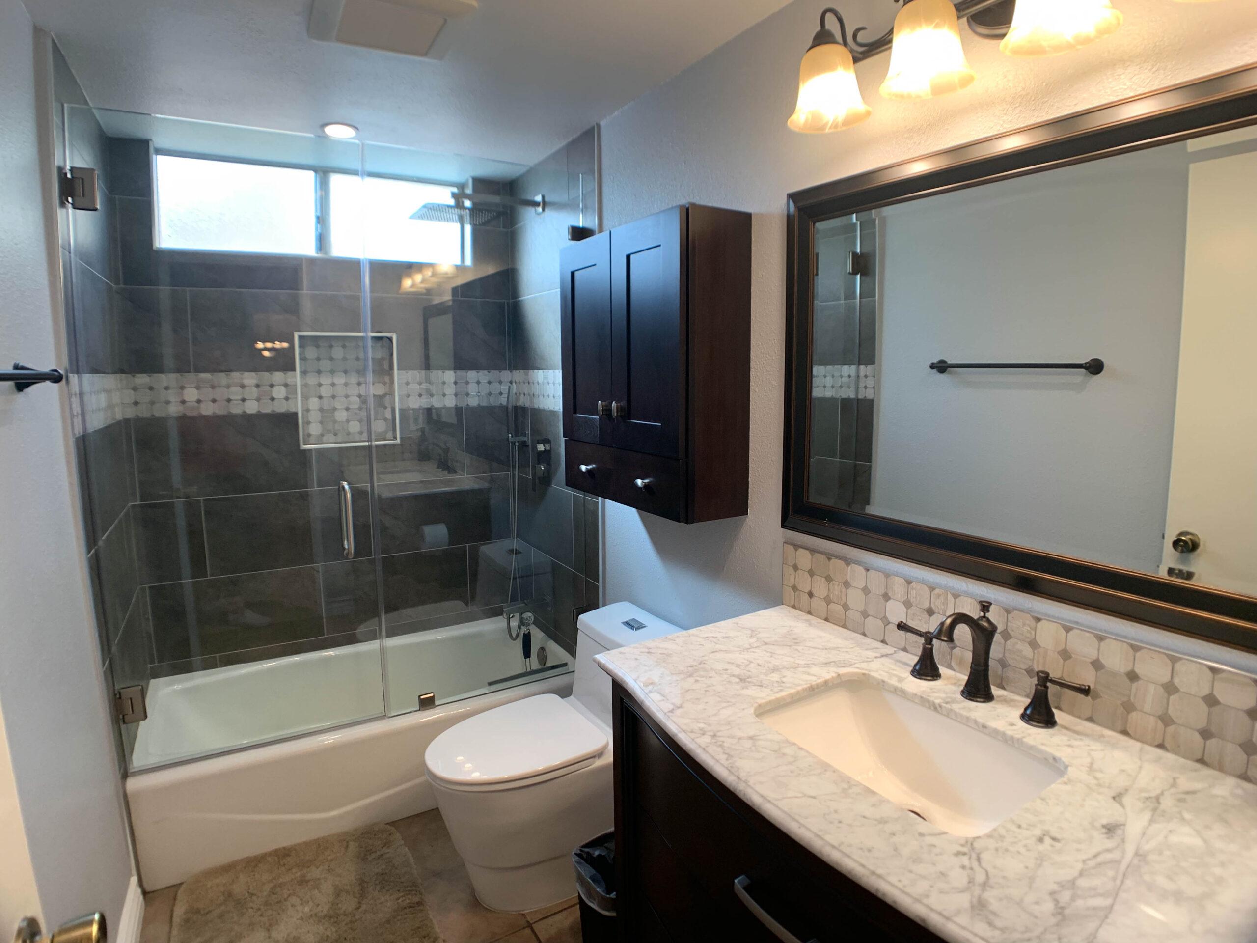 Bathrooms Remodels in Simi Valley CA