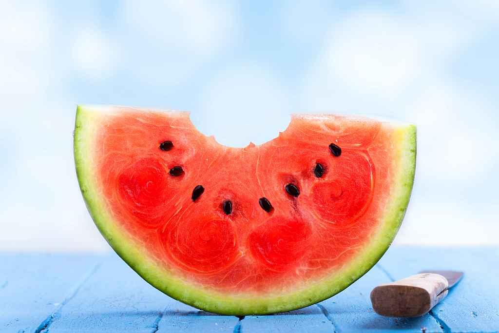 watermelon-blue-board-ssWEB