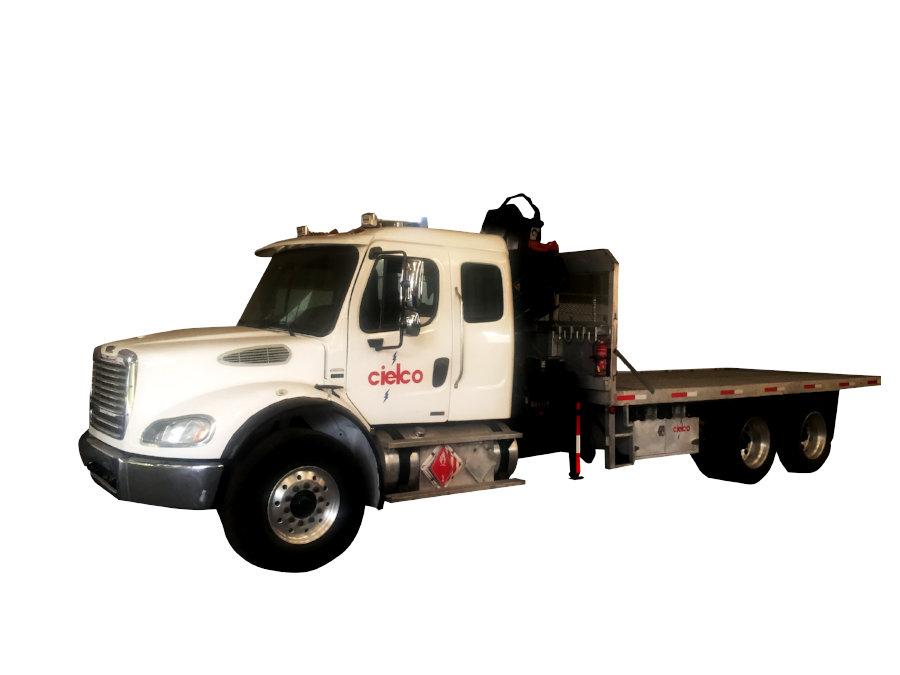 Grúa Hiab 144B-CL sobre camión 6×4 Freightliner M2 de 66,000 libras
