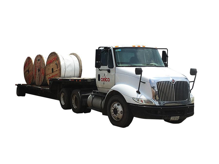 Grúa Hiab 300-5 sobre tracto camión 6×4 T800 Kenworth