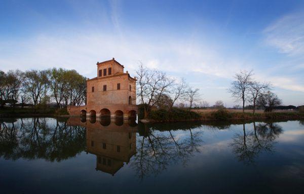 italiainpiega-pieghe-meraviglise-itinerari-moto-pianura-padana-delta del po-torre abate
