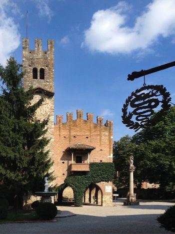 italiainpiega-pieghe meravigliose-itinerari-moto-nord-italia-passo del tomarlo-grazzano visconti 2