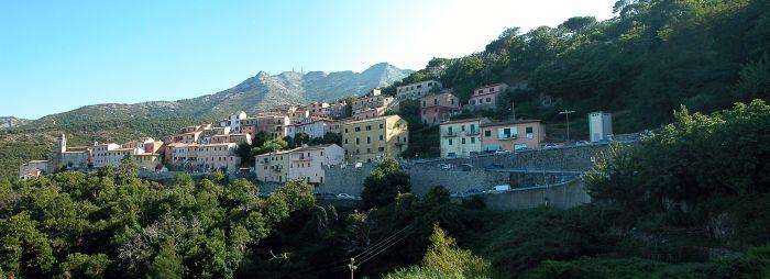italiainpiega-pieghe meravigliose-itinerari-moto-centro-italia-isola d'elba-marciana