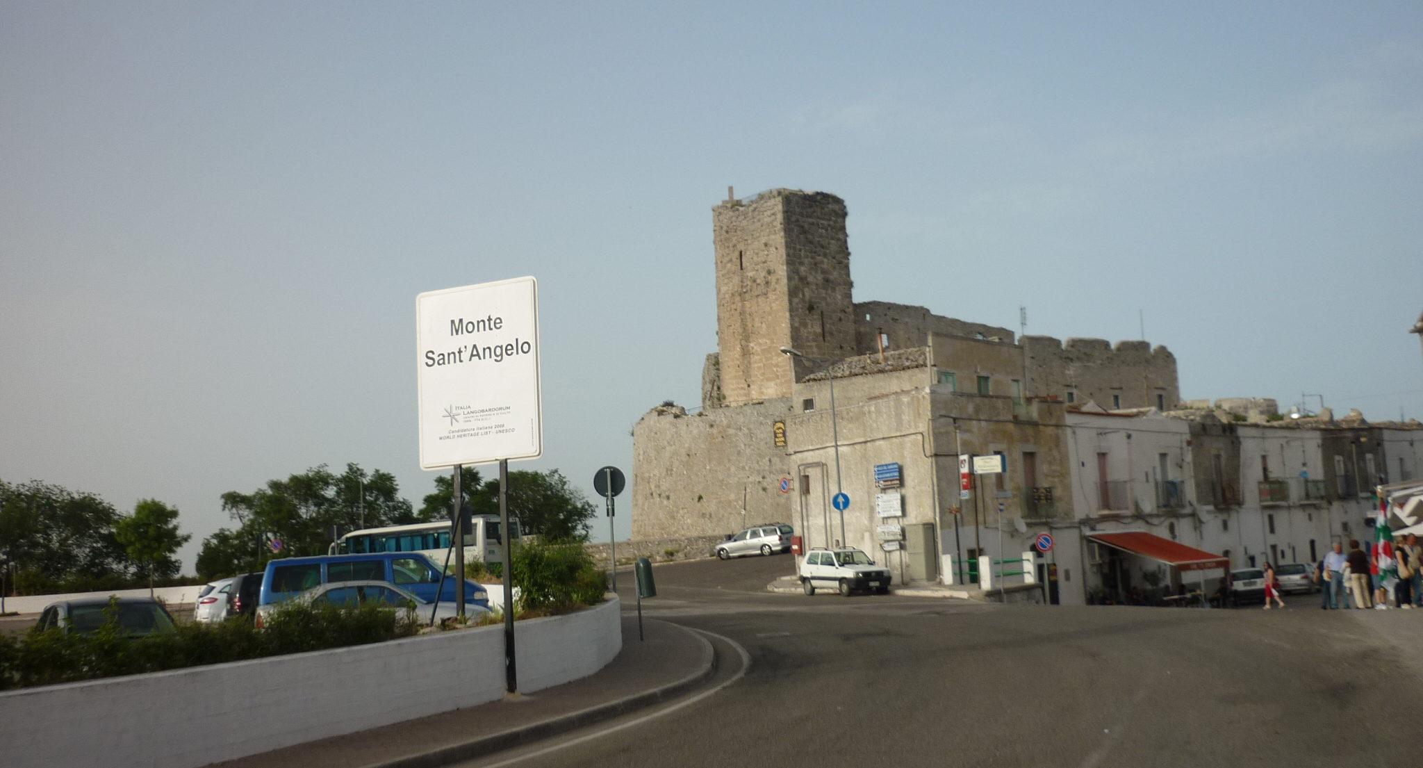 italiainpiega-pieghe meravigliose-itinerari-moto-sud-italia-gargano-monte sant angelo