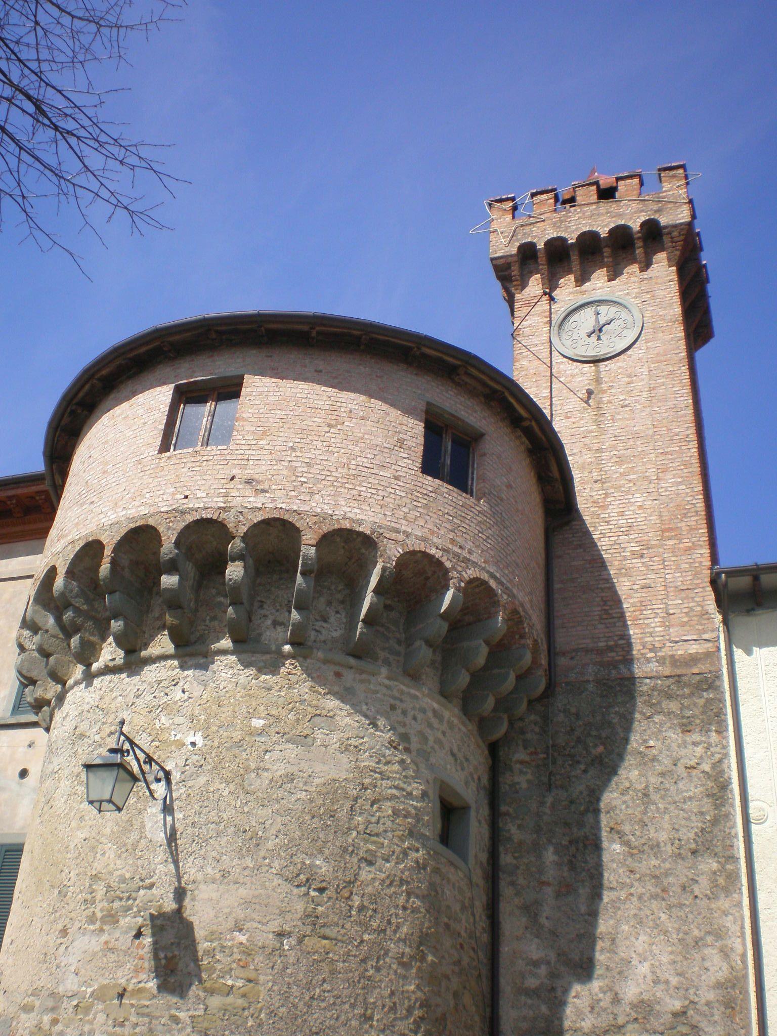 italiainpiega-pieghe meravigliose-itinerari-moto-centro-italia-garfagnana-castelnuovo di garfagnana 1