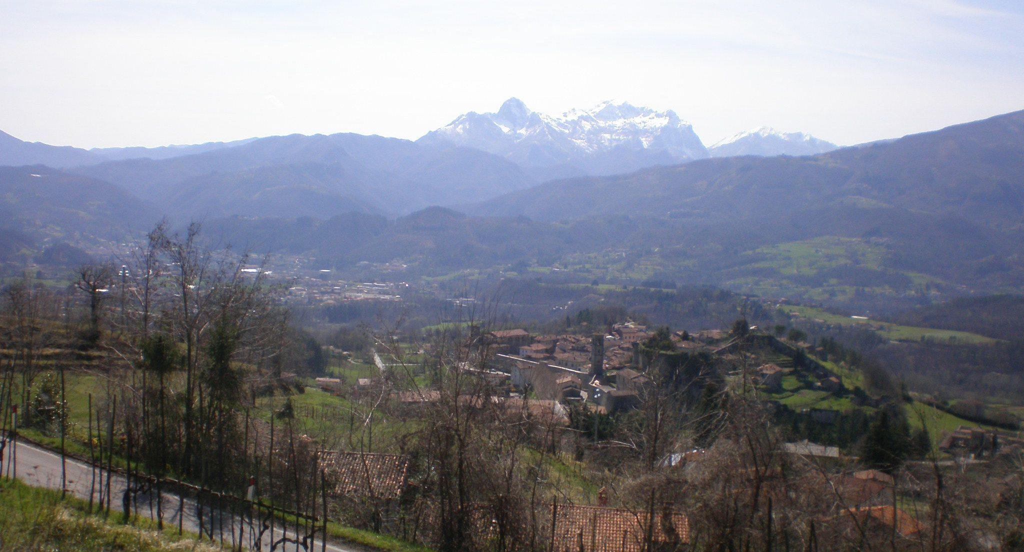italiainpiega-pieghe meravigliose-itinerari-moto-centro-italia-garfagnana-panorama 3