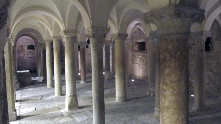 italiainpiega-pieghe meravigliose-itinerari moto pianura padana-unesco-brescia-chiesa san salvatore