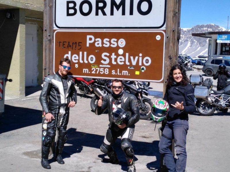 italiainpiega-motoenonsolomoto-passo dello stelvio