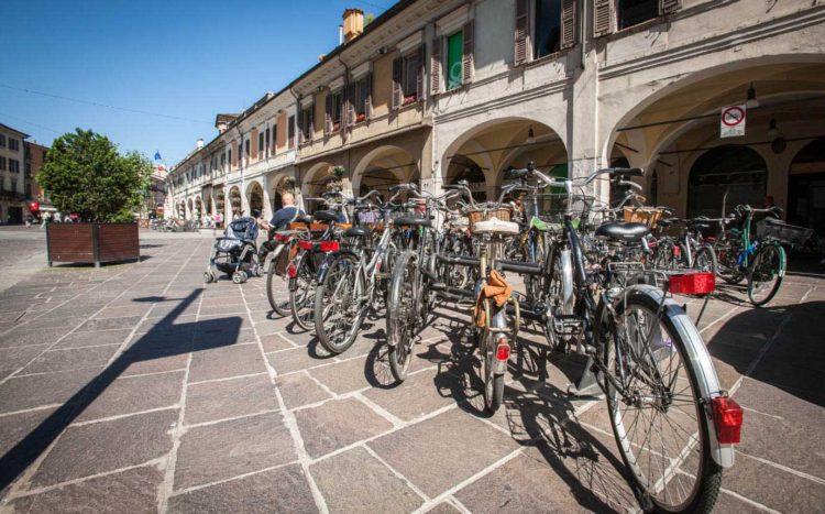 italiainpiega-pieghe meravigliose-itinerari moto pianura padana-unesco-brescia