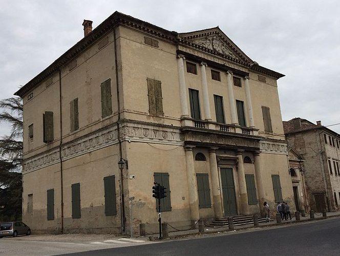 italiainpiega-pieghe-meravigliose-itinerari-moto-pianura-padana-ville palladiane-villa pisani