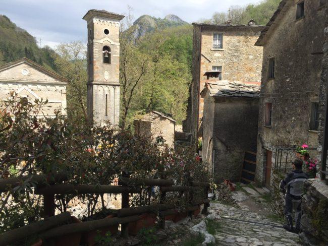 italiainpiega-pieghe meravigliose-itinerari moto centro italia-passo del vestito-isola santa 1