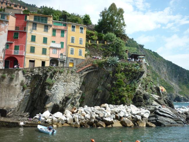 italiainpiega-pieghe meravigliose-itinerari moto nord italia-le cinque terre-riomaggiore 2