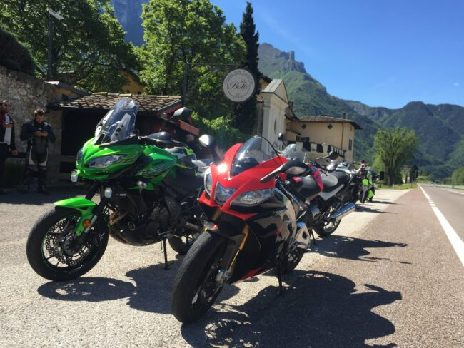 italiainpiega-pieghe meravigliose-itinerari moto nord italia-passo fittanze-bar la botte
