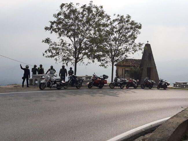 italiainpiega-pieghe meravigliose-itinerari moto nord italia-langhe e roero-paesaggio 1