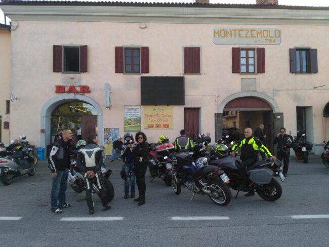 italiainpiega-pieghe meravigliose-itinerari moto nord italia-langhe-montezemolo 2